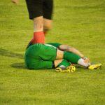 【サッカー選手必見】足首を捻挫した時の対処と走れるまでのリハビリ